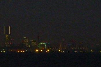 37宵闇に横浜が浮かび上がる.JPG