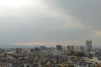 黄昏迫る街.JPG